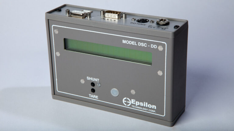 digital_signal_conditioner_with_digital_display_for_strain_gage_extensometers-Model_DSC-DD-overview