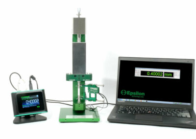 mechanical extensometer calibrator with digital readout
