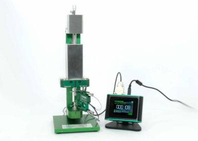 high accuracy extensometer calibrator with digital readout