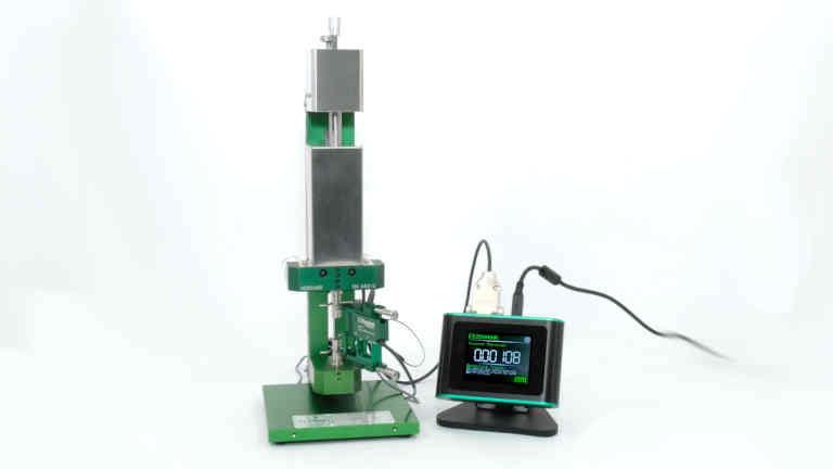 precision extensometer calibration system
